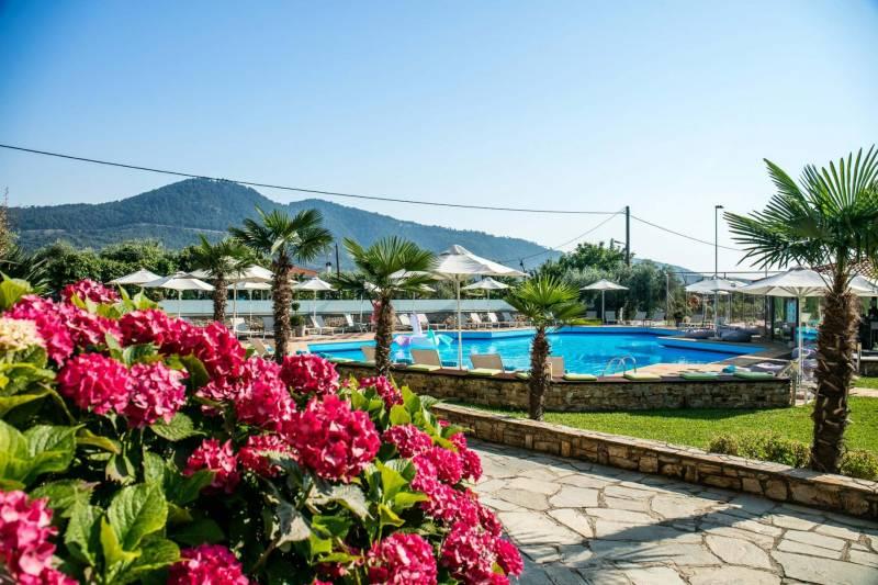 Ξενοδοχείο Κορίνα στη Θάσο - Ξενοδοχεία Θάσος - Επίσημη ιστοσελίδα